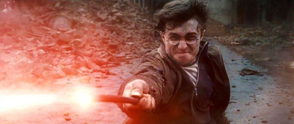 DH_-_Voldemort_VS._Harry_Final_Duel_02-1024x434