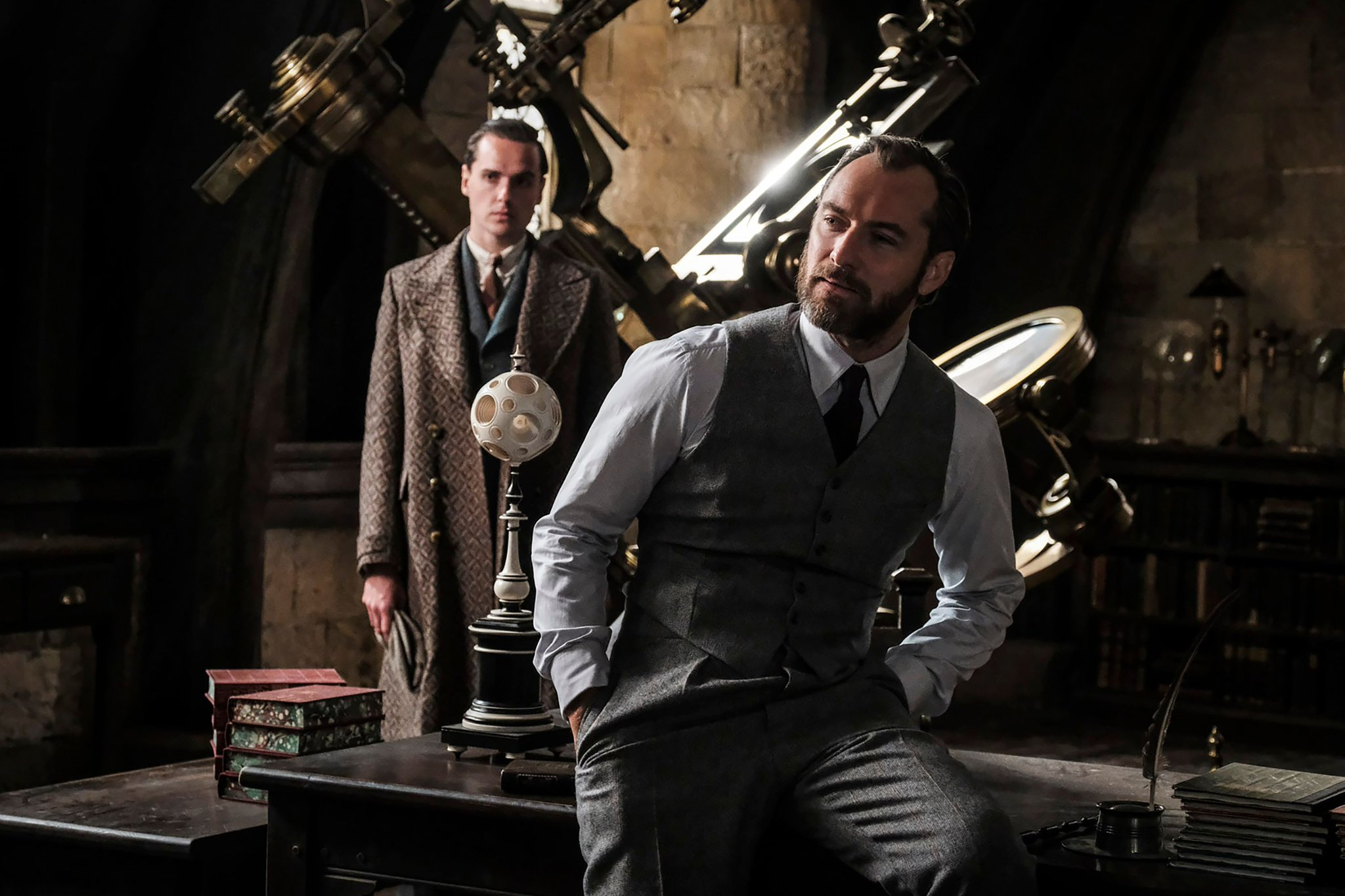 Fantastic Beasts: The Crimes of Grindelwald Photo: Newt and Tina Reunite