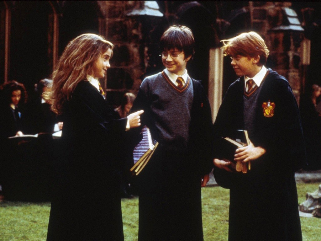 Harry-Ron-and-Hermione-Wallpaper-harry-ron-and-hermione-24500284-1024-768