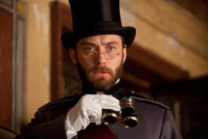 Jude-Law-in-Anna-Karenina-2