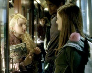 Luna-with-Ginny-and-Dean-ravenclaw-28220541-1000-797