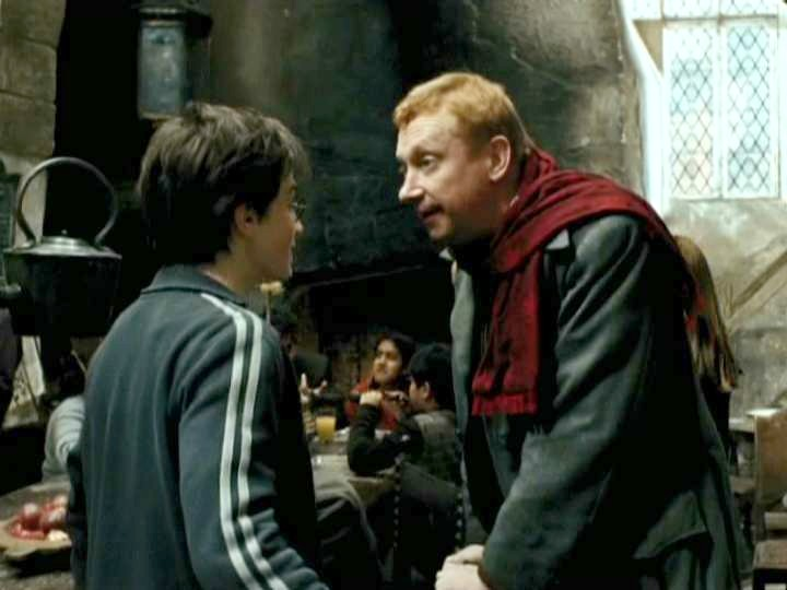 Mark-Williams-Arthur-WeasleyHARRY-POTTER-AND-THE-DEATHLY-HALLOWS-2