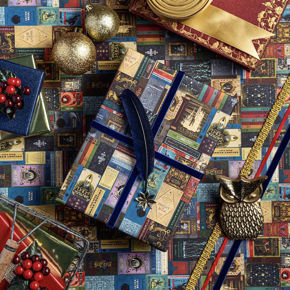 MinaLima_Hogwarts Library Gift Wrap_3