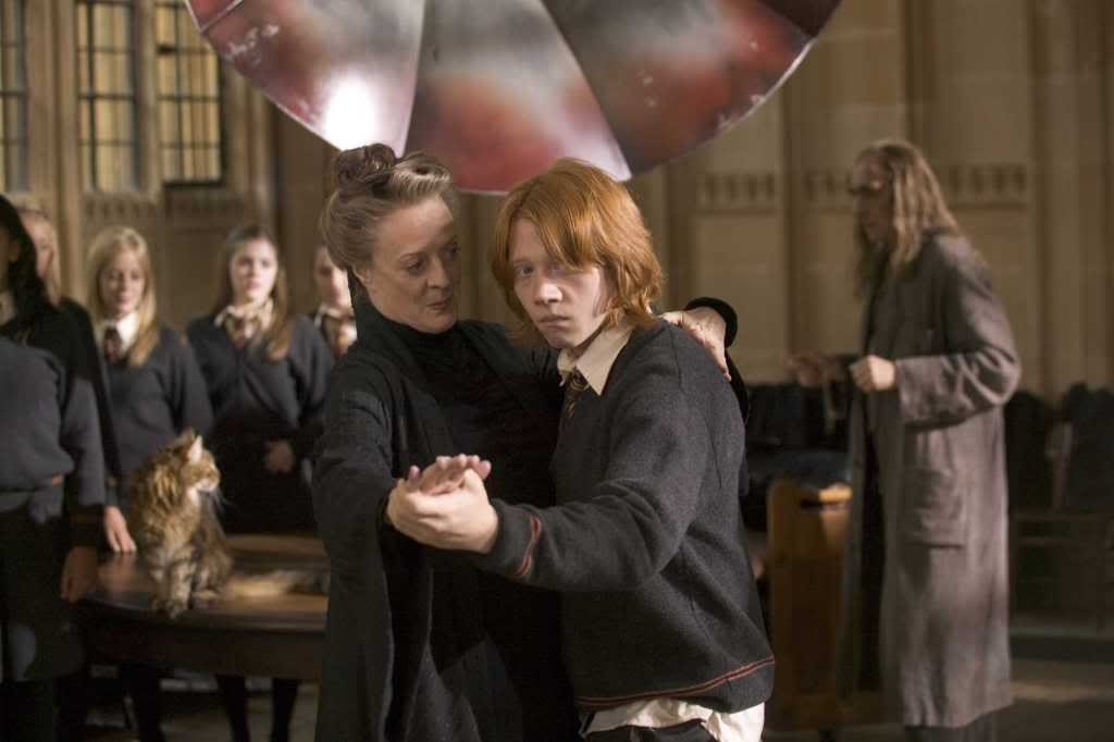 "MAGGIE SMITH as Minerva McGonagall and RUPERT GRINT as Ron Weasley in Warner Bros. Pictures' fantasy ""Harry Potter and the Goblet of Fire.""  PHOTOGRAPHS TO BE USED SOLELY FOR ADVERTISING, PROMOTION, PUBLICITY OR REVIEWS OF THIS SPECIFIC MOTION PICTURE AND TO REMAIN THE PROPERTY OF THE STUDIO. NOT FOR SALE OR REDISTRIBUTION."