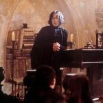 T: Harry Potter und der Stein der Weisen / Harry Potter and the Sorcerer's Stone D: Alan Rickman R: Chris Columbus P: GB/USA J: 2001 PO: Szenenbild RU:  DA: , - Nutzung von Filmszenebildern nur bei Filmtitelnennung und/oder in Zusammenhang mit Berichterstattung über den Film.