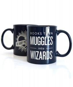 books-turn-muggles-into-wizards-mug_grande