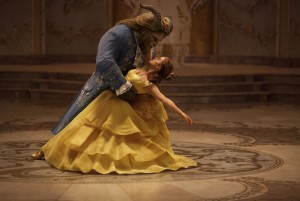 emma-watson-beauty-and-the-beast-promos_9