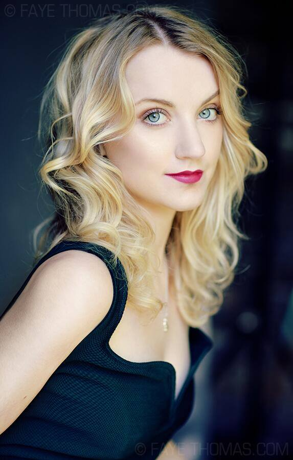 evanna lynch thinks jk rowling is secretly in contact