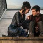 Fantastic Beasts: The Crimes of Grindelwald Claudia Kim and Ezra Miller