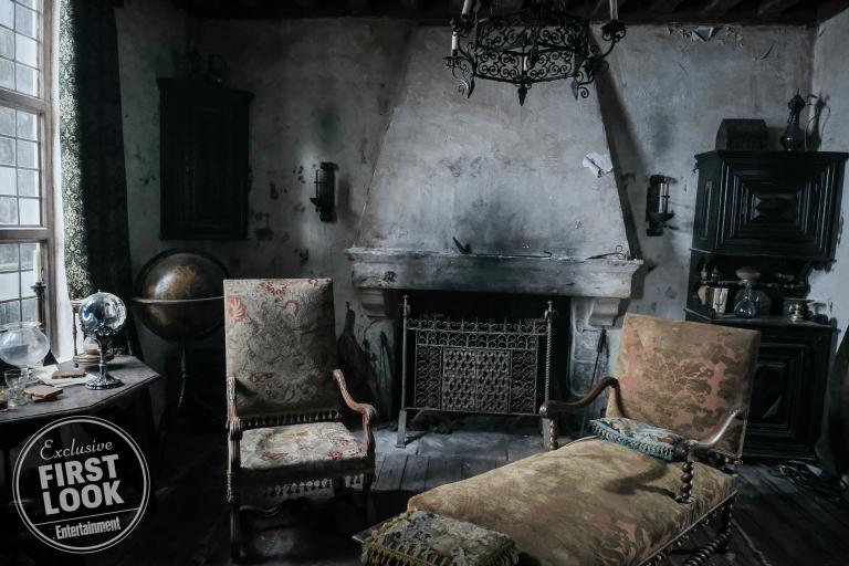 Fantastic Beasts: The Crimes of Grindelwald Nicholas Flamel's Home Set Design photos