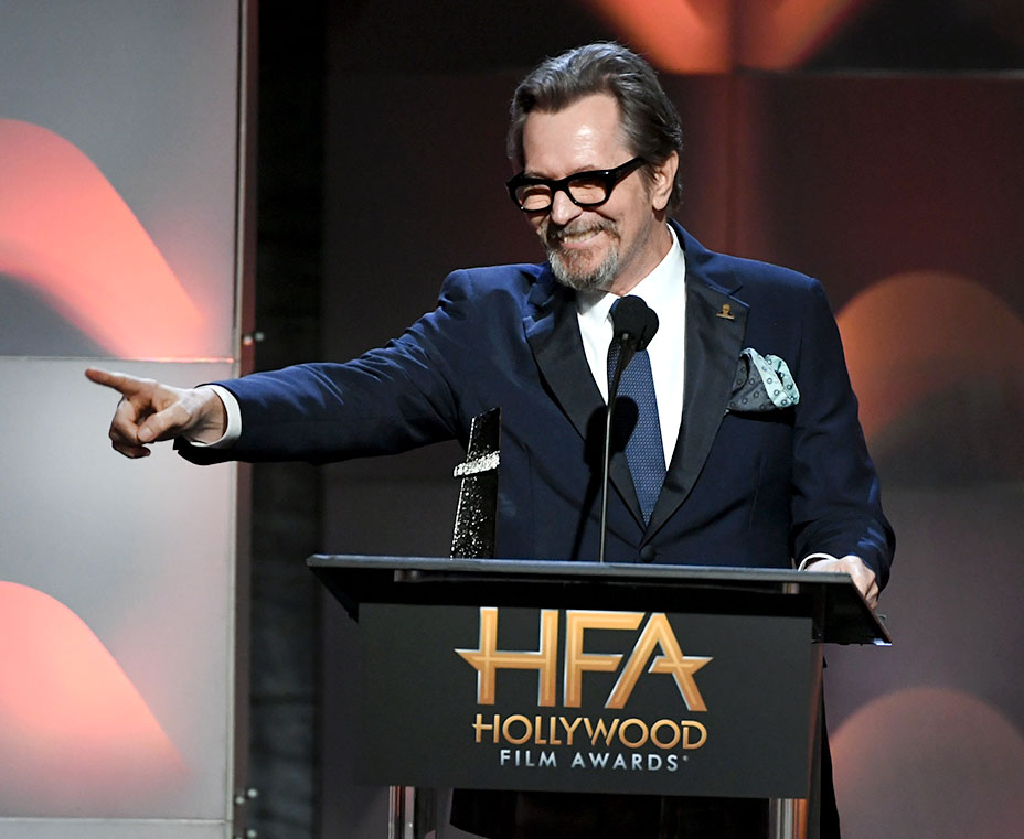 BEVERLY HILLS, CA - NOVEMBER 05:  Honoree Gary Oldman accepts the Hollywood Career Achievement Award onstage during the 21st Annual Hollywood Film Awards at The Beverly Hilton Hotel on November 5, 2017 in Beverly Hills, California.  (Photo by Kevin Winter/Getty Images)