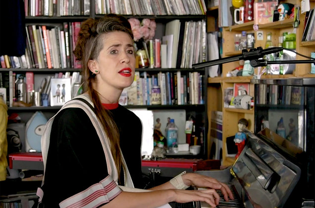 imogen-heap-npr-tiny-desk-2019-billboard-1548