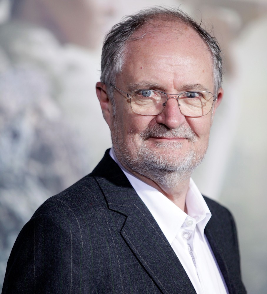 jim-broadbent-premiere-cloud-atlas-05