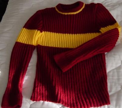 Knitting Pattern Harry Potter Jumper : Quidditch Sweater - Ladies Large Size - The-Leaky-Cauldron.org The-Leaky-Caul...