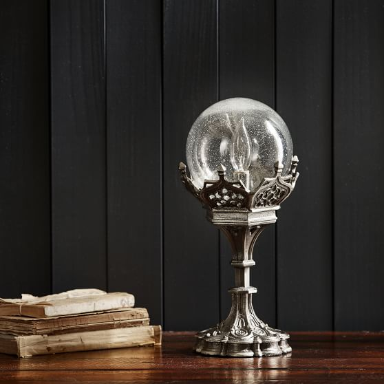 wizarding-world-divination-crystal-ball-table-lamp-c