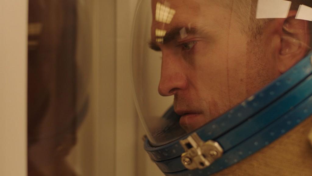 Robert-Pattinson-in-Claire-Denis-High-Life-
