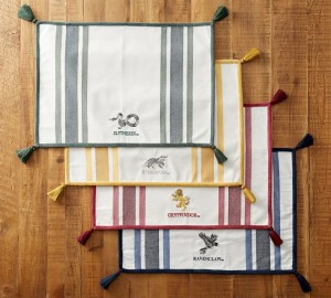 harry-potter-hogwarts-house-placemat-collection-o-2